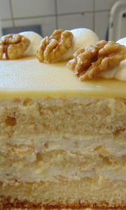 Marzipan Nuß Torte